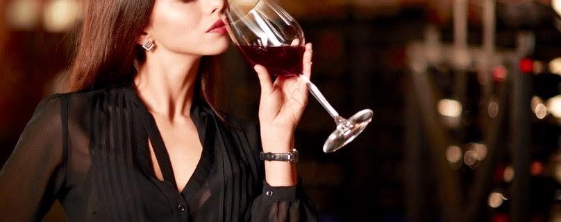 Mulher e vinho